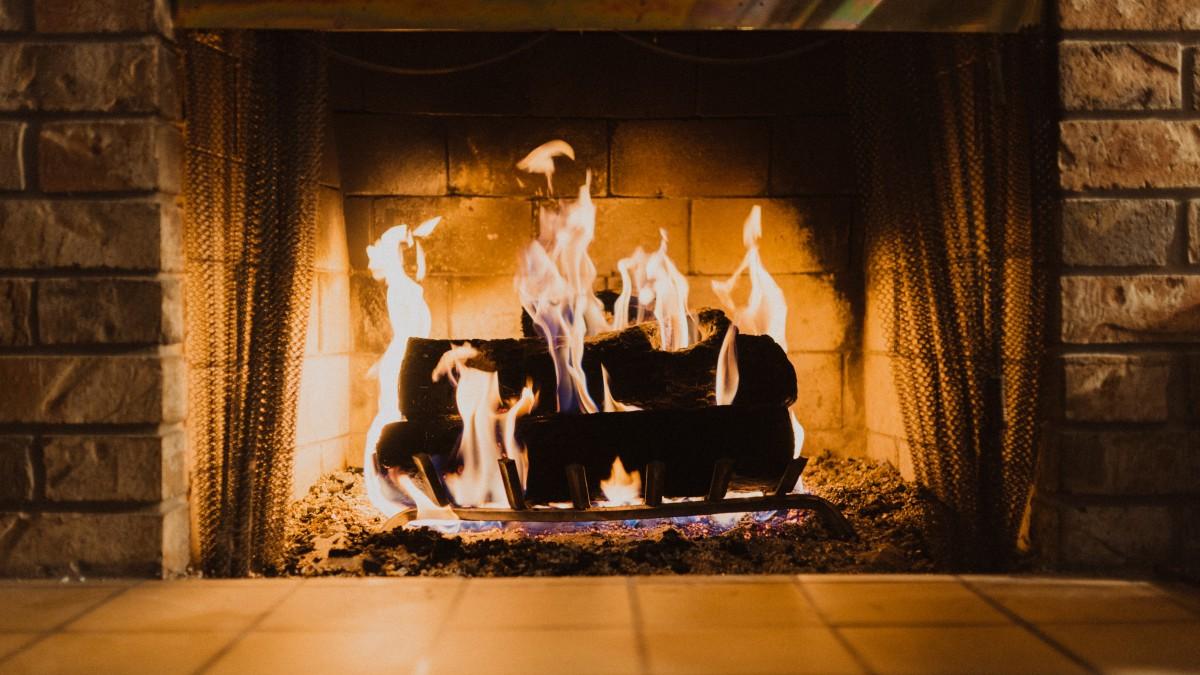 Vuur stoken met minder rook- en geuroverlast