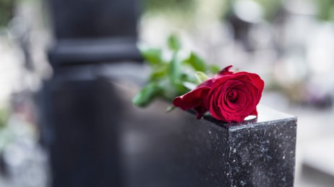 Monument voor overleden kind onthuld