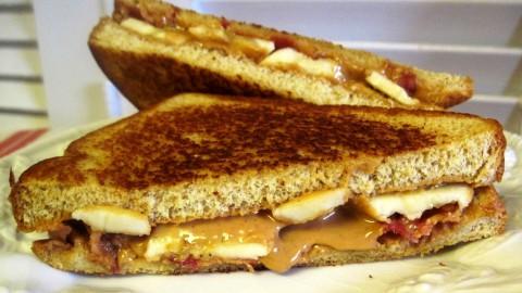 Hoe maak je de Elvis sandwich