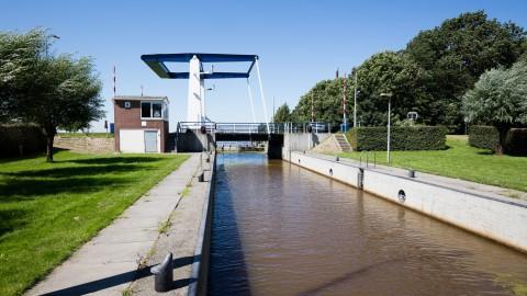 Renovatie Kampersluis bij Dronten start maandag 13 september