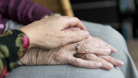 Omgaan met mensen met dementie tijdens corona